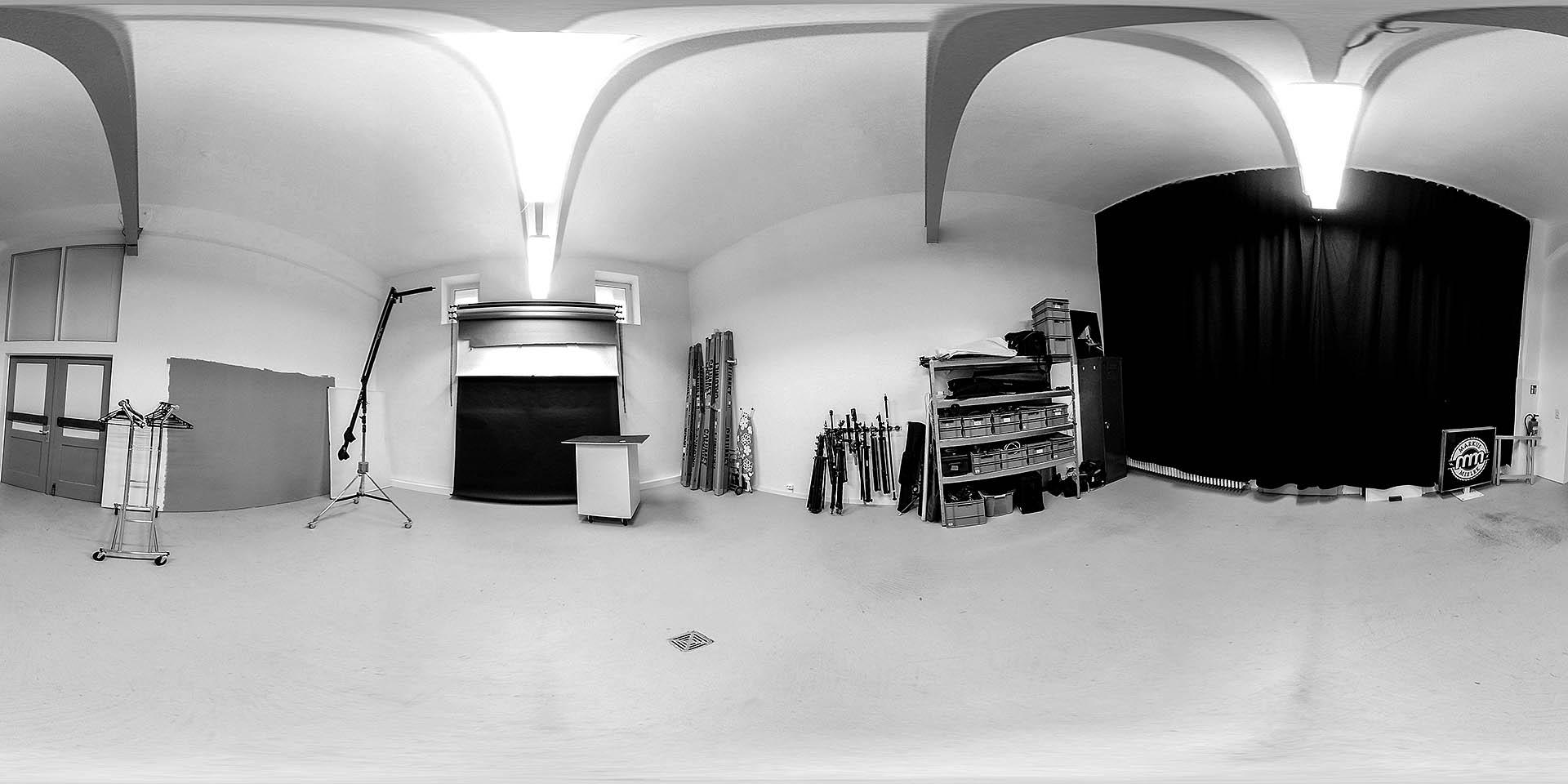 360 Grad Panorama des Mietstudios bzw Fotostudios des Fotograf Markus Mielek